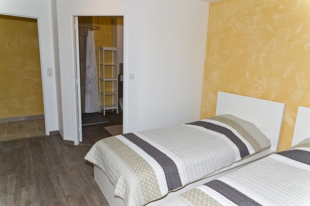 Chambre n°2 avec 2 lits simples et salle d\'eau privative – Rdc | Le ...
